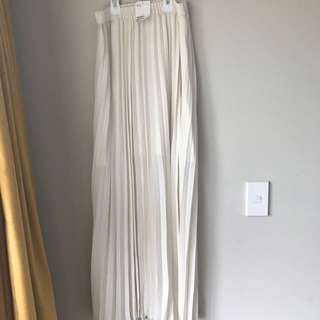 Long Skirt / New