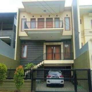 Rumah Di Setra Duta Bandung