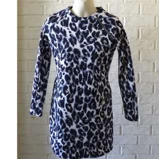 Zara Trafaluc Dress Animal print size M AUS 10 Bust 90cm Waist 70cm Hips 98cm Near New