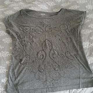 Tommy Hilfiger Beaded Top. Size:small