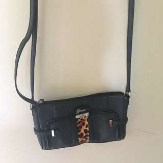 Guess Adjustable Straps Clutch