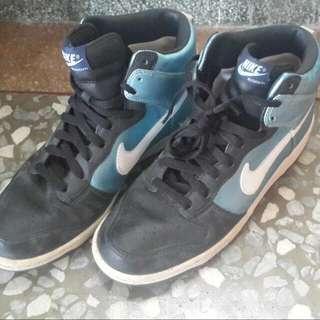 Nike Zoom水藍高筒鞋 只有一雙 原價3500