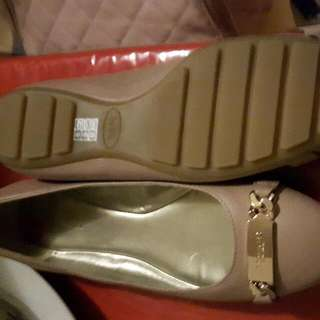 Coach Size 8 Rose Pink