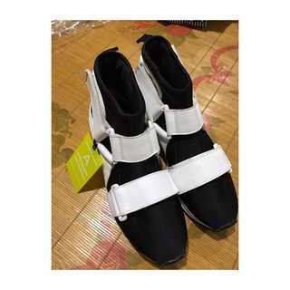 Onitsuka Mono Sock Boots with Strap Belt