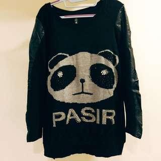 韓版前後可愛熊貓貼鑽+皮袖子黑色毛衣