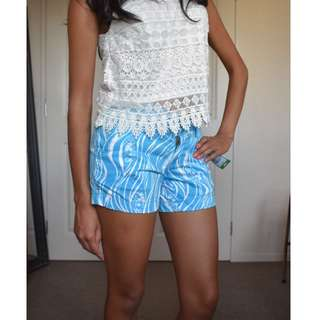 Sz6 BNWT Blue summery shorts
