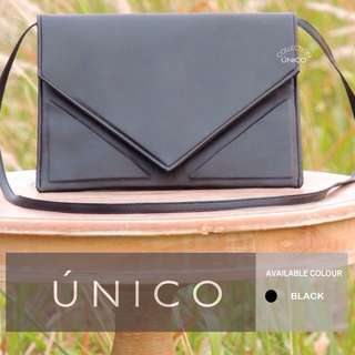 CLOSED! #tisgratis Triangle Clutch From Único