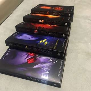 The Immortals Series by Alyson Noël (Books 1-5)