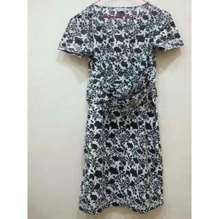 Flowery Dress By Mint