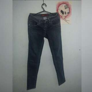 denim skinny jeans (size 26)