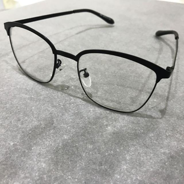 霧面黑框無度數方形眼鏡