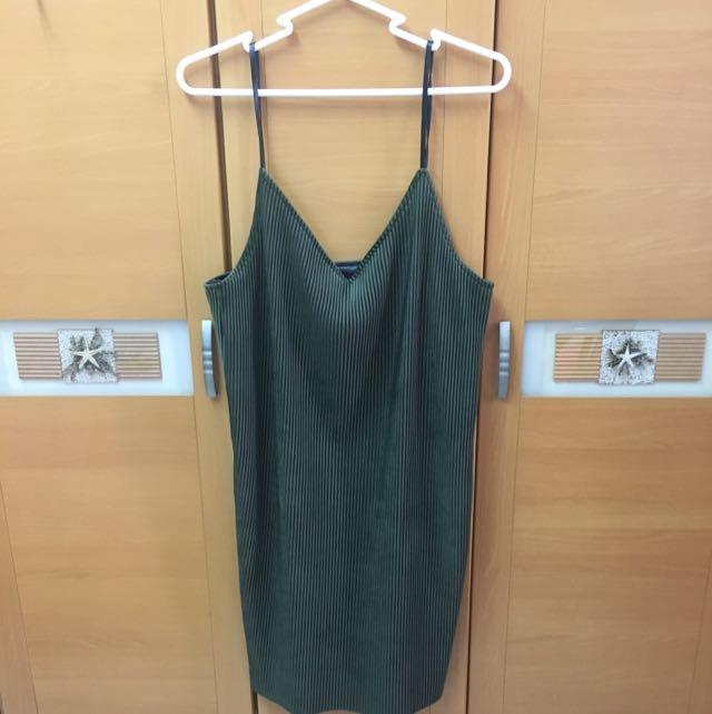墨綠色洋裝