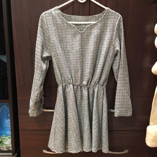 灰色長袖縮腰洋裝