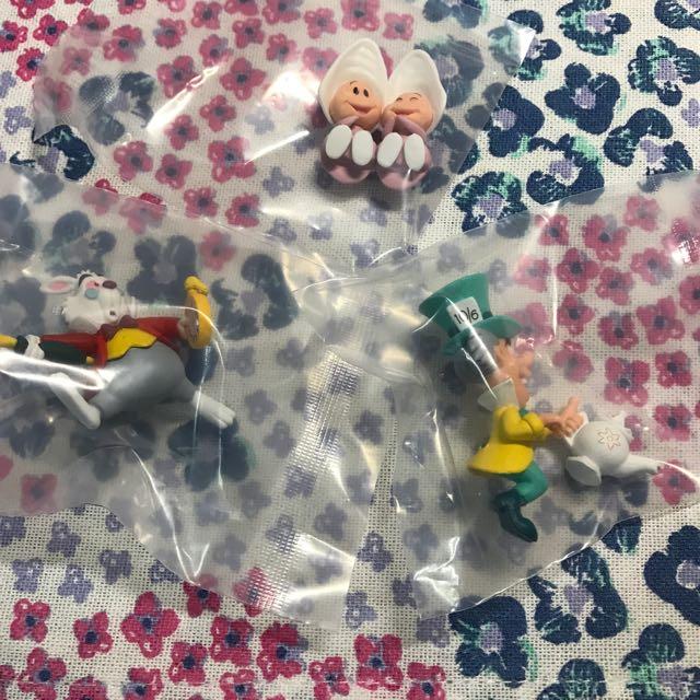 杯緣子 愛麗絲夢遊仙境 白兔先生 瘋狂帽客 牡蠣寶寶 三隻一起賣