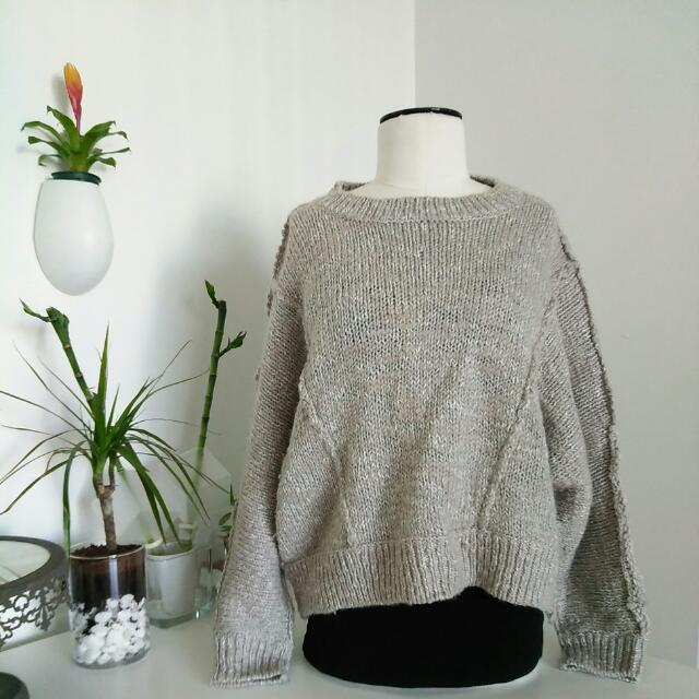 Aritzia: Talula Cropped Wool Sweater