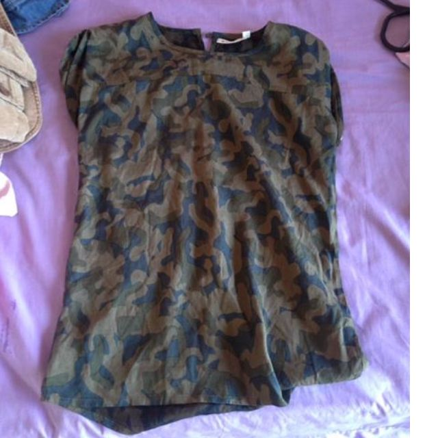 army print top