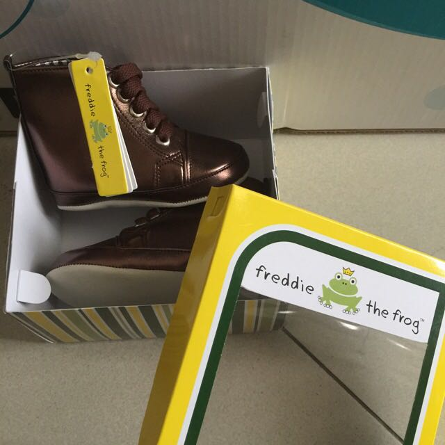 Baby Boots Pre Walker Shoes (Freddie The Frog)
