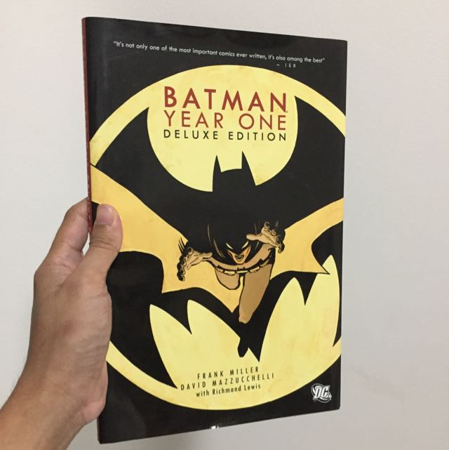 Batman: Year One Deluxe Edition (Hardcover)