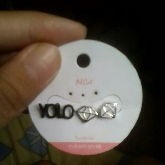 Cool Diamond Magnet Earrings