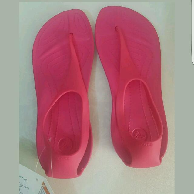 f215ef40c Crocs Sexi Flip Sandals Candy Pink Sizes 5   6 US