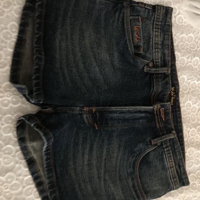 Hot Pants Murah