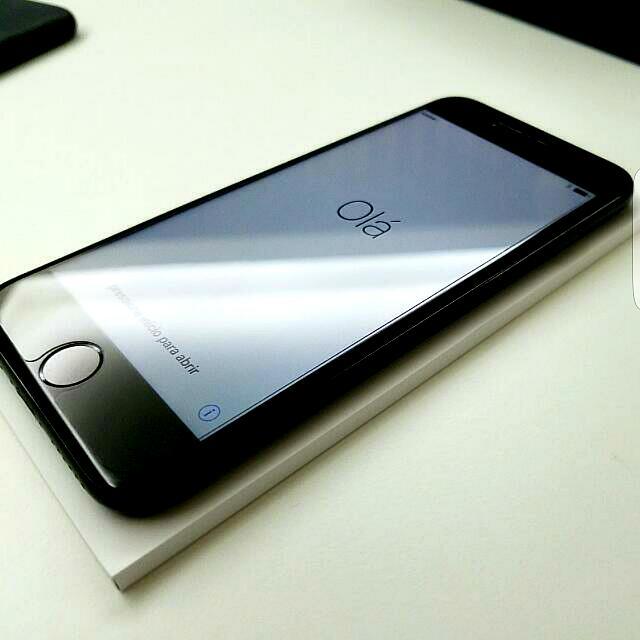 蘋果IPHONE 7 (JetBlack) - 128GB (8個月Apple Care)