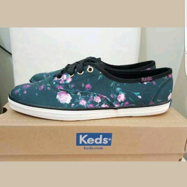 30047fb1fe1 Keds Women s Champion Frost Floral Fashion Sneaker (Size 5.5 US ...
