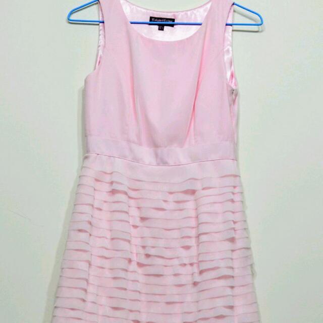 Knight Bridge 粉紅色蛋糕裙洋裝