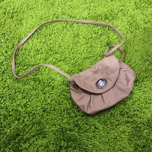 Mauve Side Clutch