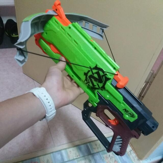 Zombiestrike Crossfire Crossbow loaded with Praxis stock and Nitron sight  (Baidu) ...