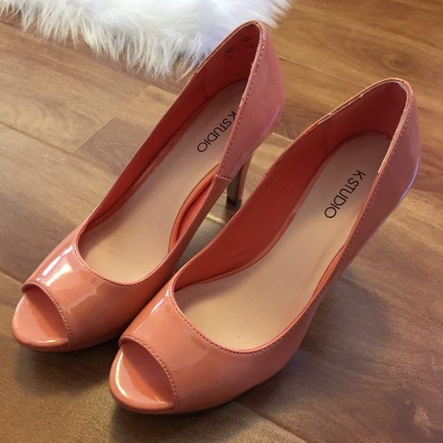 Peach heels Size 7.5