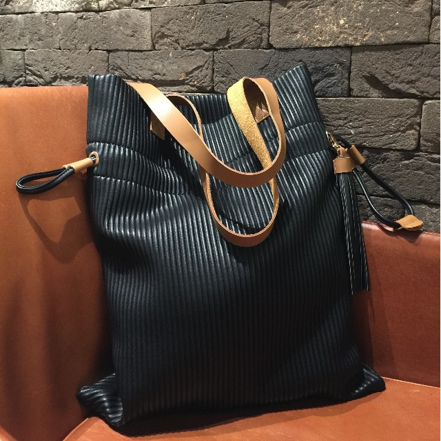 dd6c386bc5027 PVC tote bag cum drawstring pouch bag (Dual Function)