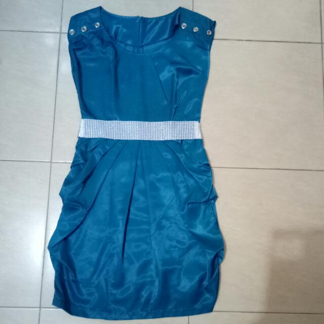 Satin Tosca Dress With Belt