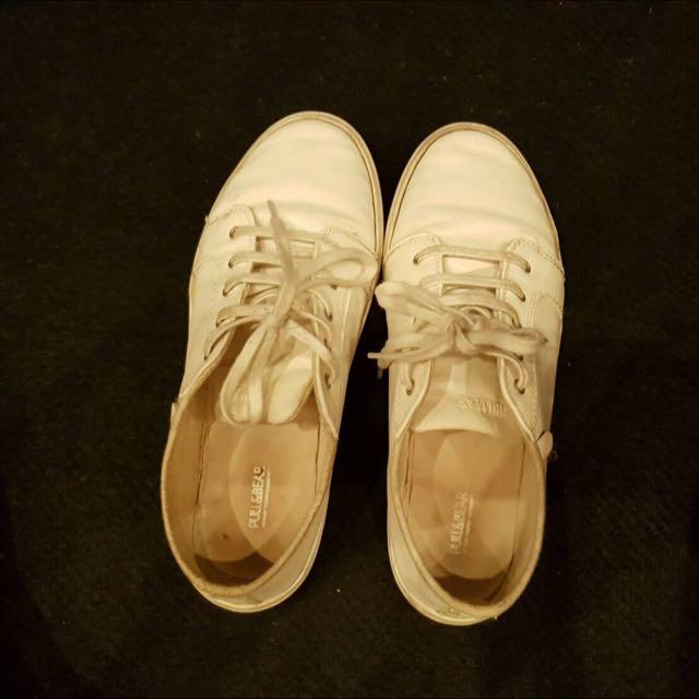 Sepatu Pull & Bear , Putih , Size 37