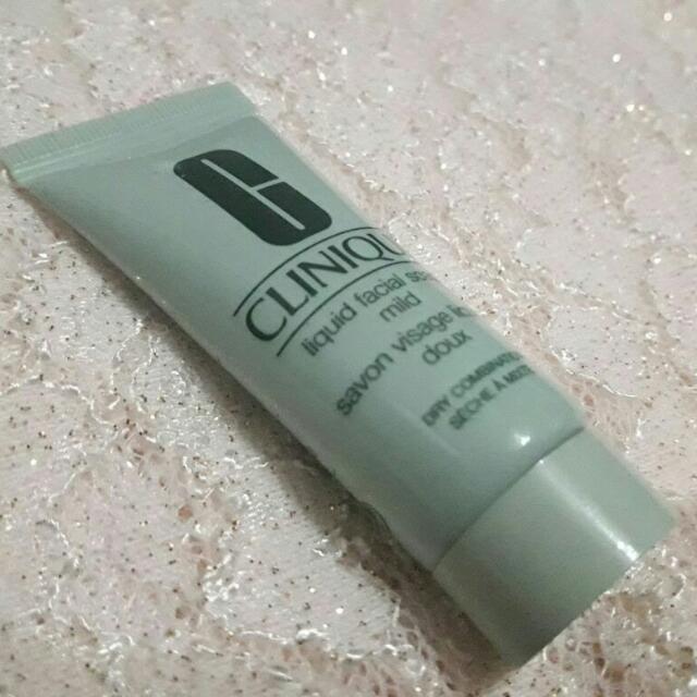 #TisGratis Clinique Facial Wash