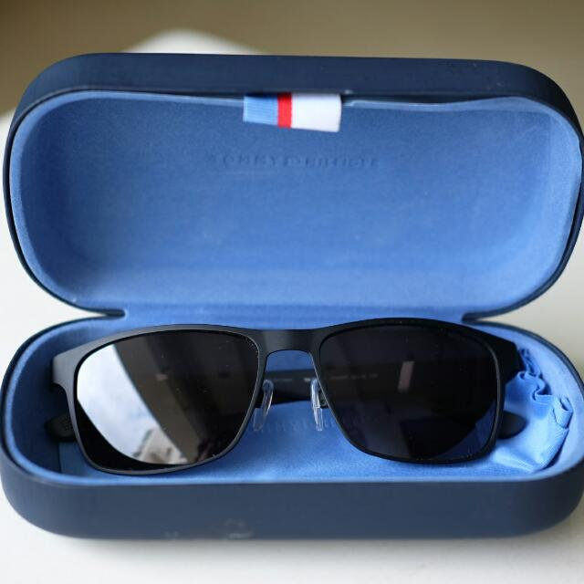 Tommy Hilfiger Sunglass - Nego For Fast Deal