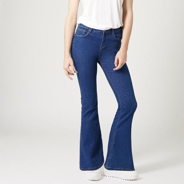 good texture hot new products super cute Topshop jamie flare jeans, Women's Fashion, Clothes, Pants ...