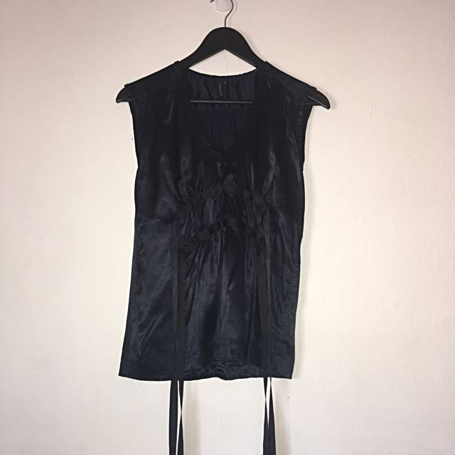 Topshop Size 10 Satin Navy And Black Rouche Front