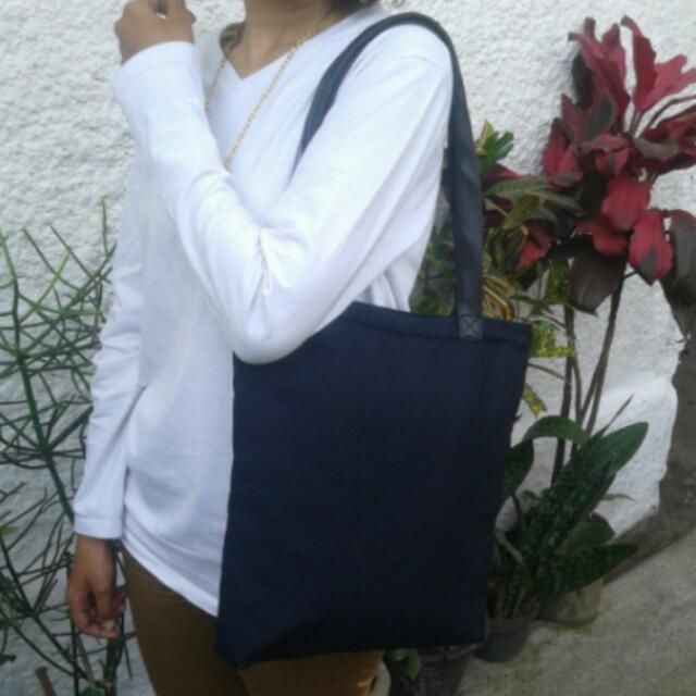 TOTTEBAG NAVY