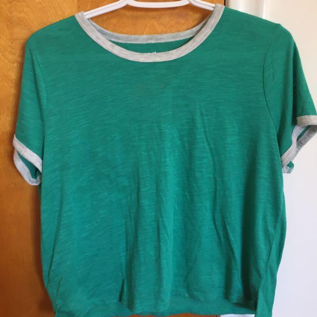 T-Shirts Size M/L