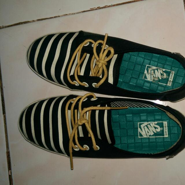 REPRICED Vans Shoes