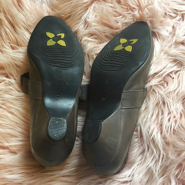 Ziera Mushroom Brown Shoes Size 9