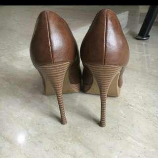 Sepatu Coklat Cantik Merk New Look