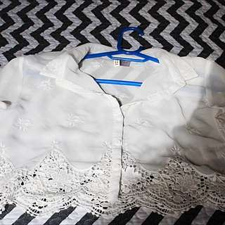 H&M Cropped White Long Sleeve Collared Shirt