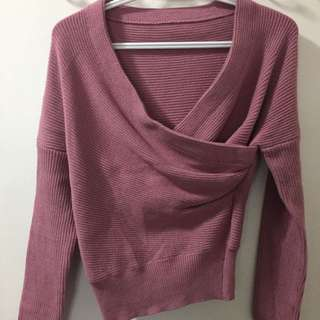 Aritzia Style Sweater