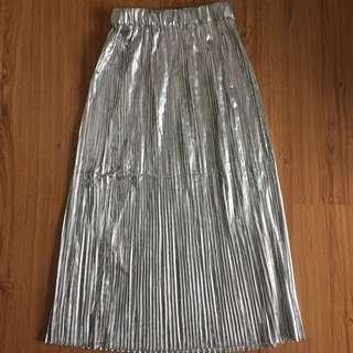 BNWT H&M Silver Pleated Midi Skirt