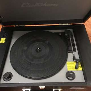 Electrohome Archer Vinyl Record Player