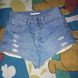 Zara highwaist short