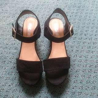 Rubi black wedge size 38
