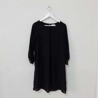 NEW! H&M Black Sleeve Dress